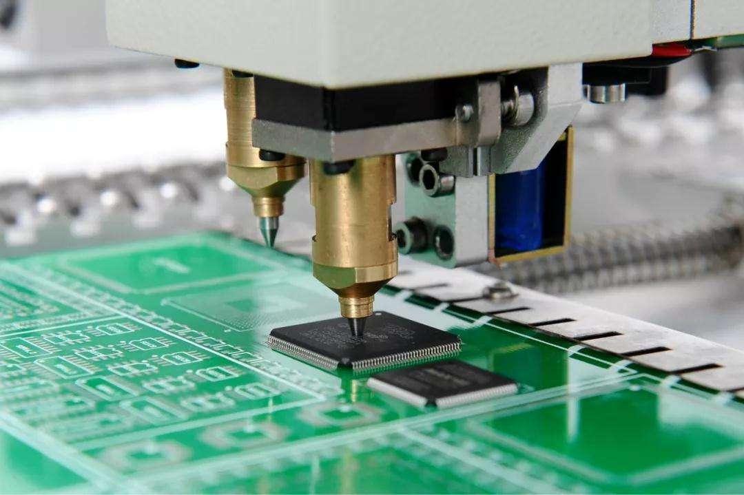 极志测量线路板翘曲度,提高PCB良品率
