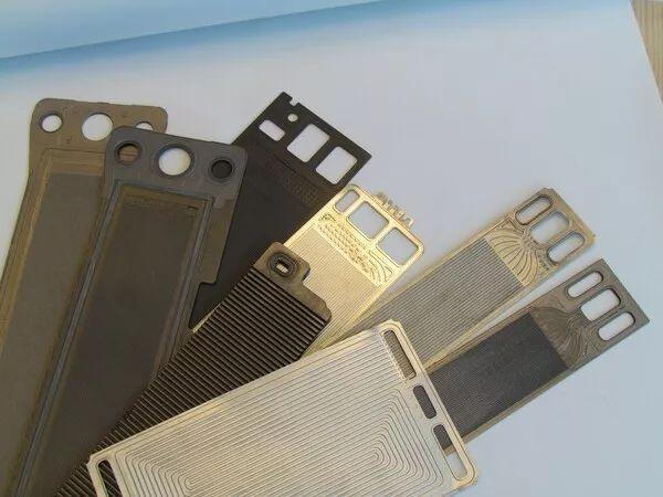 双极板尺寸高精度测量,多项目同时高效率完成