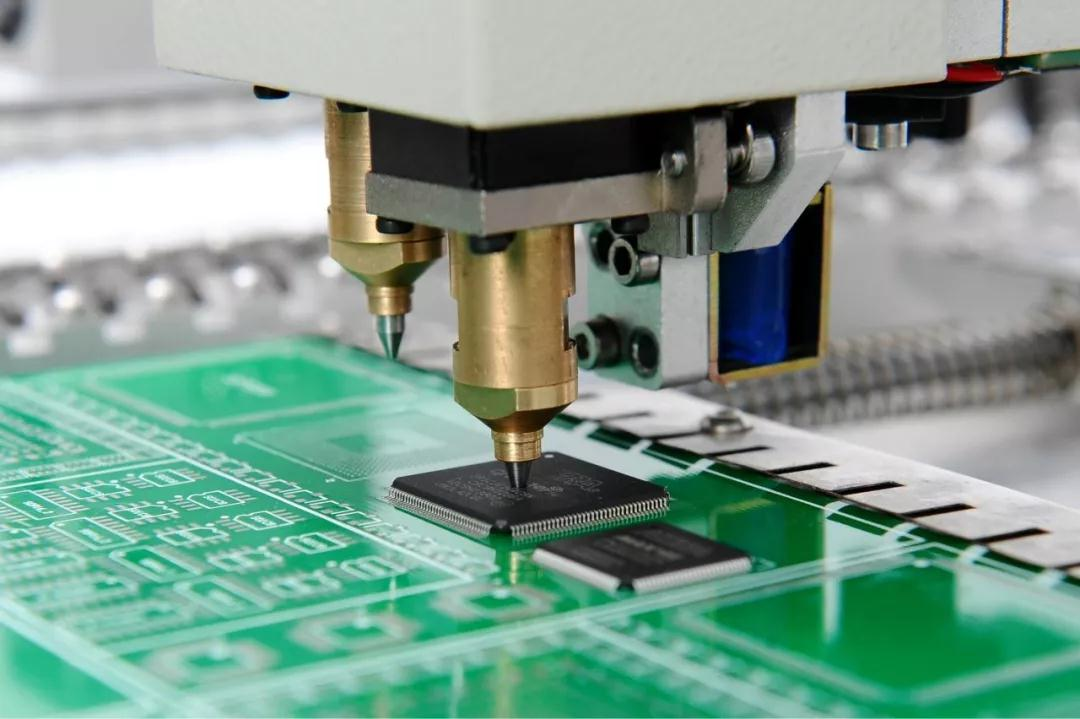 PCB线路板平面度怎样才能无损高精度测量?